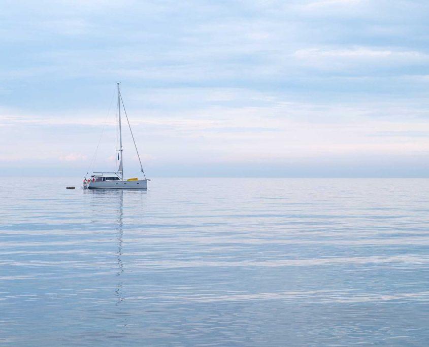 Escapada en velero por la ría de Sada