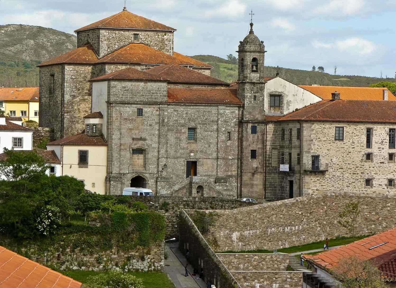 El convento de Santa María de Belvís es una de las cosas imprescindibles que ver en Santiago de Compostela